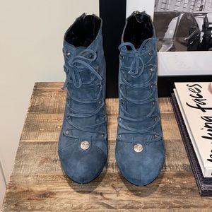 Velvet Angels blue suede Ankle booties